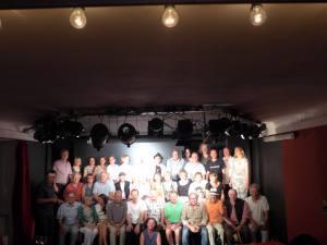 Alles strahlt: Die English Drama Group der Universität Würzburg feierte das 40. Jubiläum ihres Bestehens.