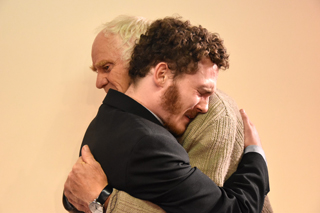 Zwei, die sich am Ende finden: Ross Gardiner (Paul Breitner) und Mr. Green (Herbert Ludwig).
