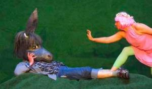 """theater ensemble Würzburg """"Ein Sommernachtstraum"""" im Efeuhof"""