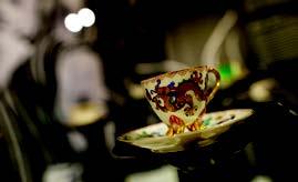 Porzellan verrät viel über die Lebenswelten unterschiedlicher Zeiten, über ihre Tisch- und Esskulturen. Das Porzellanikon inszeniert dies.