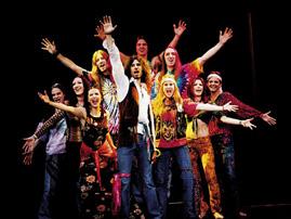 """Im Kultmusical """"Hair"""" - im Selber Theater (25. Februar, 19.30 Uhr) sucht die Hippie-Bewegung der 68er ein neues Lebensgefühl."""