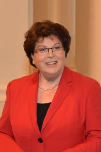 """Barbara Stamm: """"Wer Frauen in Führungspositionen bringen und hoch qualifizierte Frauen halten möchte, muss als Betrieb oder Behörde etwas bieten können, ich denke da zum Beispiel an Telearbeit, flexible Arbeitszeitkonten und den Verzicht auf Kernzeiten."""""""